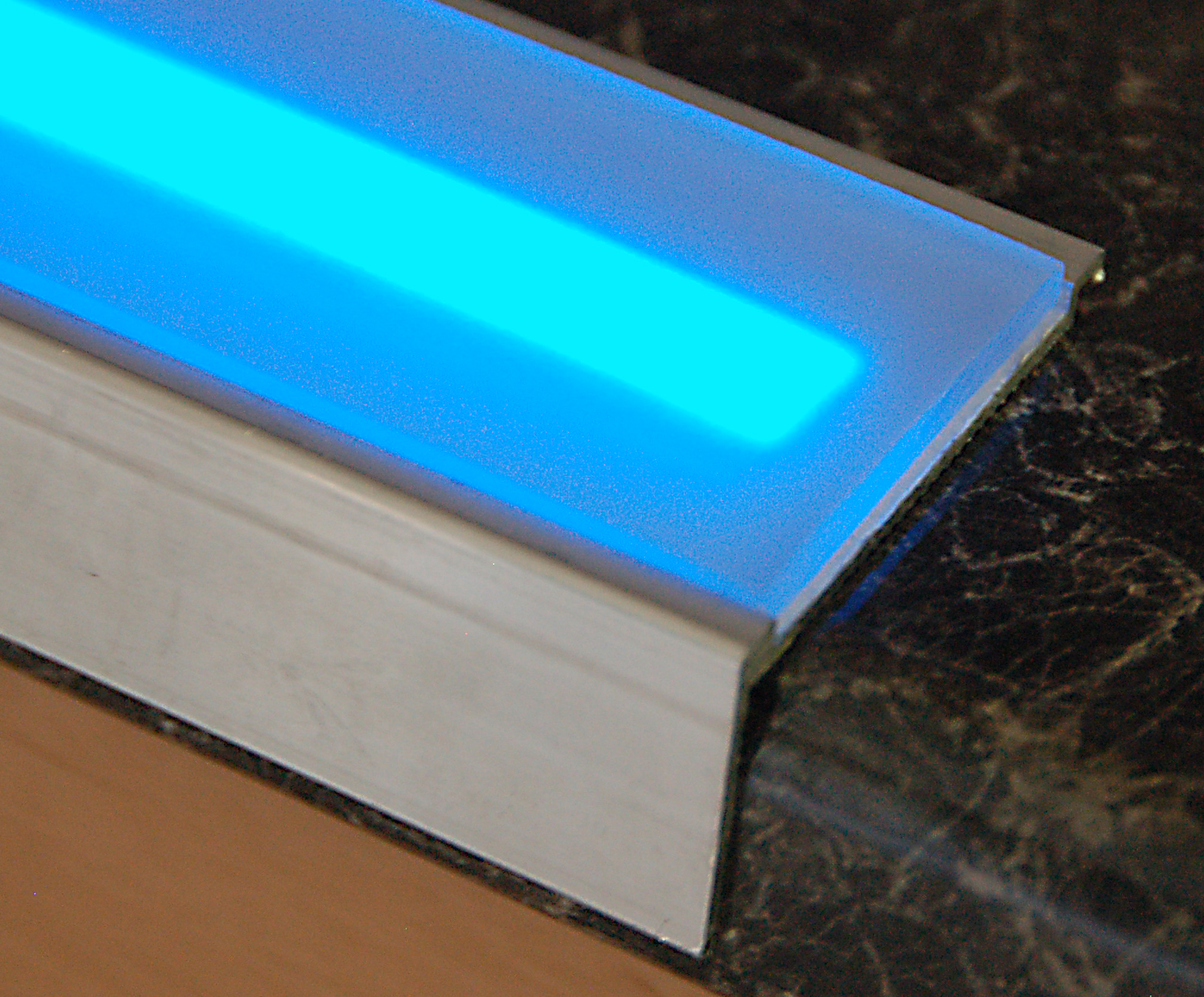 LumaGrip With Blue Light Tape